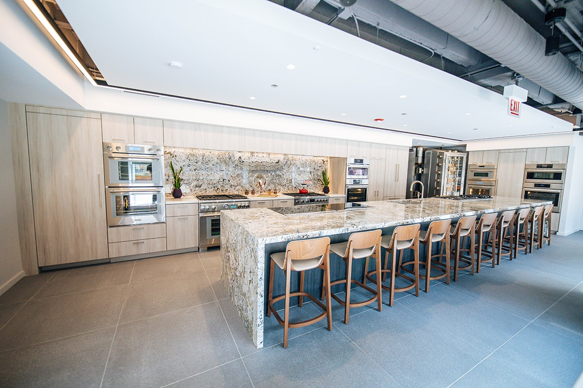 LuxeHome Celebrates BSH Experience and Design Center Expansion at theMART